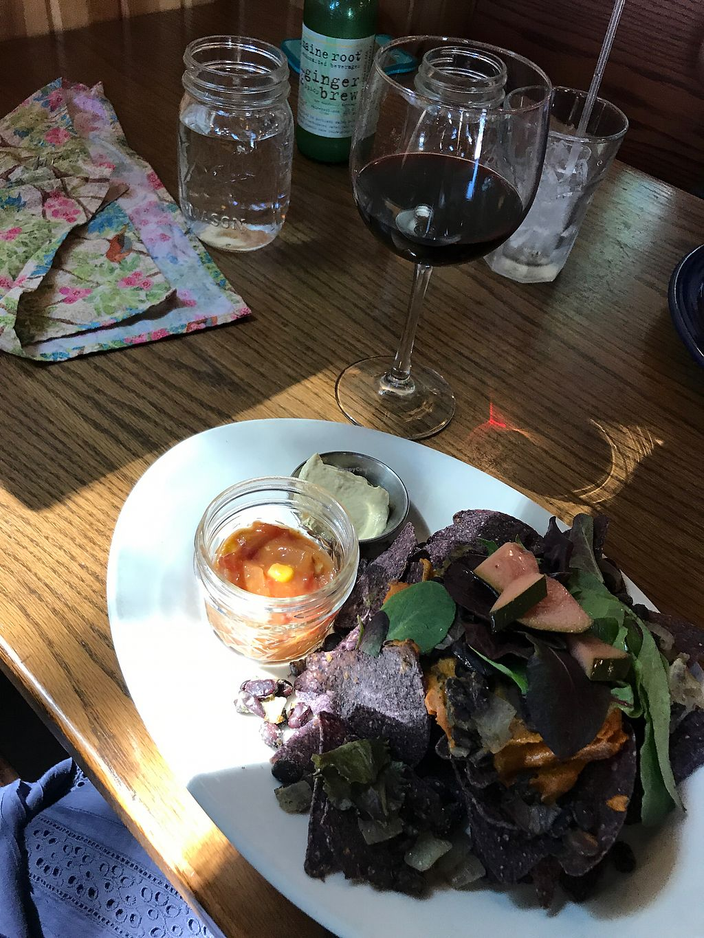 "Photo of Trumpet Blossom Cafe  by <a href=""/members/profile/farrahfrye"">farrahfrye</a> <br/>nachos and a cabernet <br/> July 9, 2017  - <a href='/contact/abuse/image/31914/278343'>Report</a>"