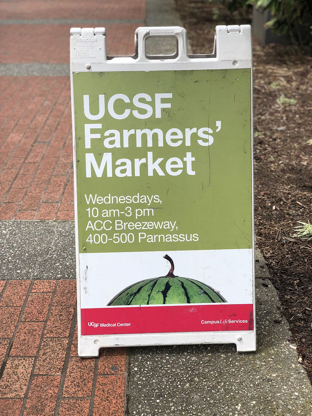 """Photo of Parnassus Farmers' Market  by <a href=""""/members/profile/BrittanyHowze"""">BrittanyHowze</a> <br/>Some signs say 10-2, others 10-3? <br/> April 18, 2018  - <a href='/contact/abuse/image/31958/387726'>Report</a>"""