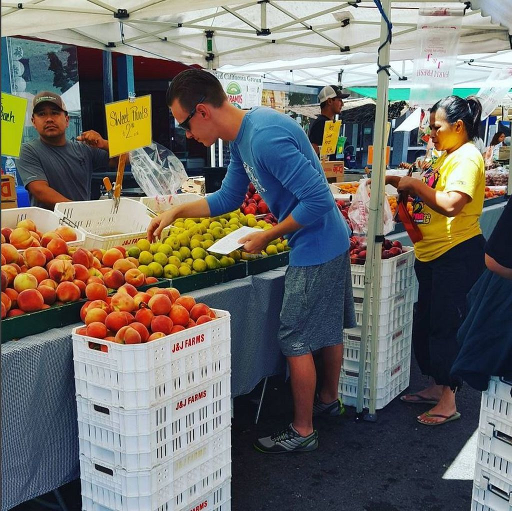 """Photo of Farmers' Market - Vallejo  by <a href=""""/members/profile/VeganVentures"""">VeganVentures</a> <br/>Fruit <br/> June 26, 2016  - <a href='/contact/abuse/image/31984/156142'>Report</a>"""