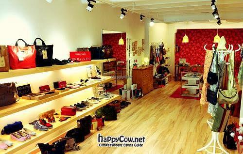 "Photo of Amapola Vegan Shop  by <a href=""/members/profile/raquelpassola"">raquelpassola</a> <br/> May 2, 2012  - <a href='/contact/abuse/image/32000/31410'>Report</a>"