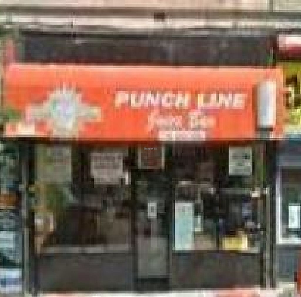 """Photo of Punchline Juice Bar  by <a href=""""/members/profile/The%20Veggie%20Cook"""">The Veggie Cook</a> <br/>Punchline Juice Bar <br/> May 2, 2012  - <a href='/contact/abuse/image/32101/209449'>Report</a>"""