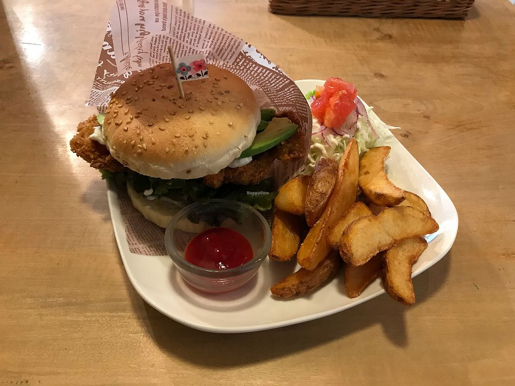 """Photo of Morpho Cafe  by <a href=""""/members/profile/Whiteeve"""">Whiteeve</a> <br/>Fish Burger <br/> November 23, 2017  - <a href='/contact/abuse/image/32107/328309'>Report</a>"""