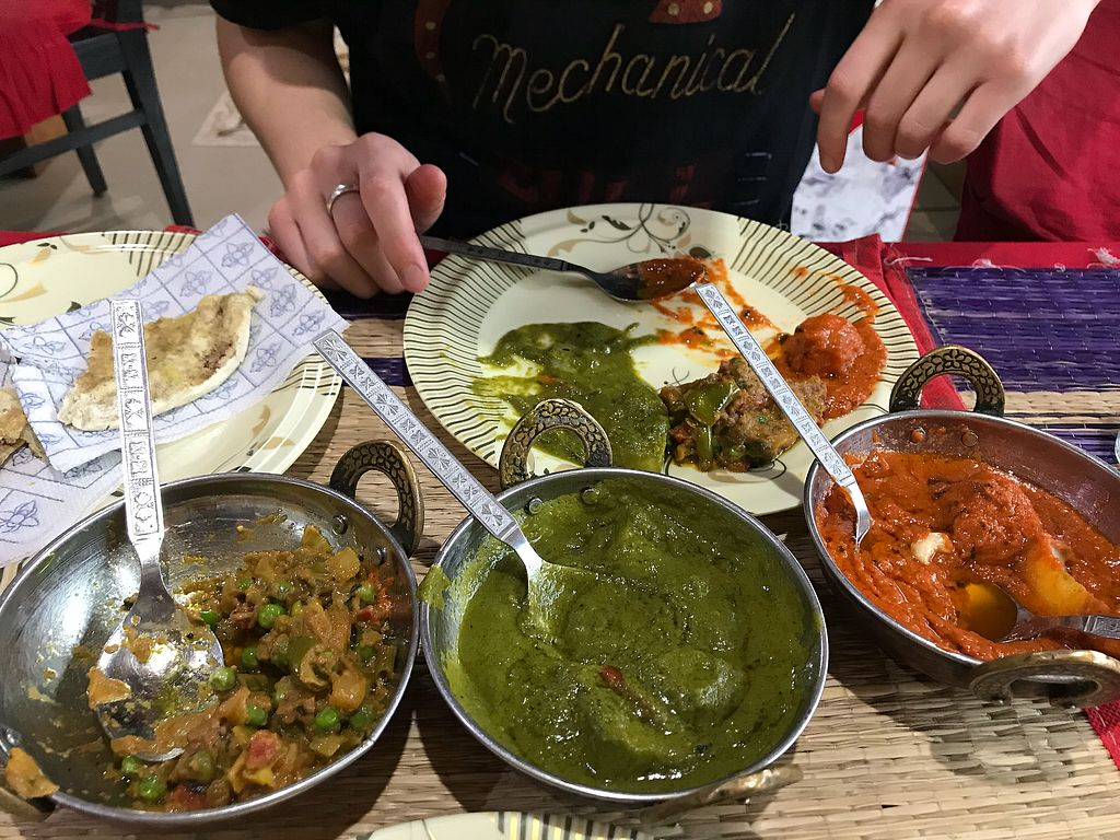 "Photo of Shankara Vegis  by <a href=""/members/profile/Shannybadds"">Shannybadds</a> <br/>Garlic naan, mixed veg curry, spinach & potato curry & dum aloo <br/> March 9, 2018  - <a href='/contact/abuse/image/32289/368484'>Report</a>"
