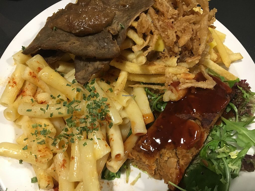 """Photo of V Rev Vegan Diner  by <a href=""""/members/profile/Pips"""">Pips</a> <br/>Deliciousness  <br/> November 11, 2017  - <a href='/contact/abuse/image/32339/324062'>Report</a>"""