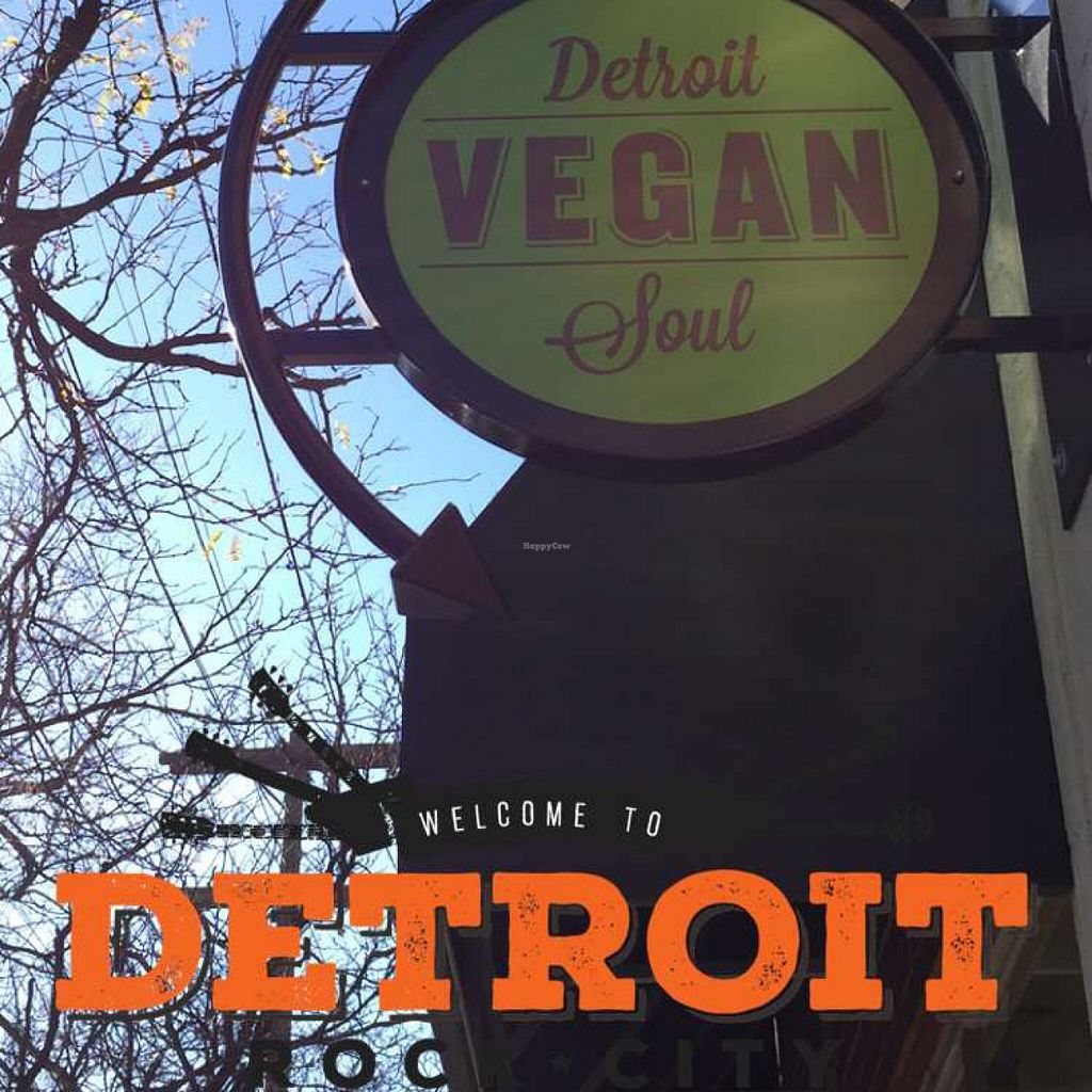 """Photo of Detroit Vegan Soul - East  by <a href=""""/members/profile/happycowgirl"""">happycowgirl</a> <br/>only sign out front <br/> November 15, 2015  - <a href='/contact/abuse/image/32342/125112'>Report</a>"""