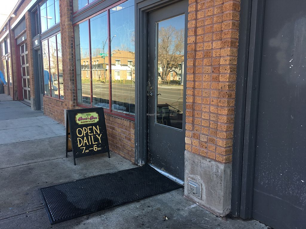 "Photo of Beet Box Bakery and Cafe  by <a href=""/members/profile/JoslynBarcel-Tate"">JoslynBarcel-Tate</a> <br/>Outside of the bakery  <br/> March 29, 2018  - <a href='/contact/abuse/image/32467/377632'>Report</a>"