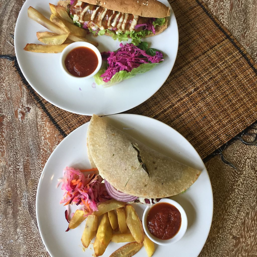 """Photo of Earth Cafe and Market - Ubud  by <a href=""""/members/profile/Eefie"""">Eefie</a> <br/>seitan hotdog & burger <br/> May 31, 2017  - <a href='/contact/abuse/image/32487/264374'>Report</a>"""