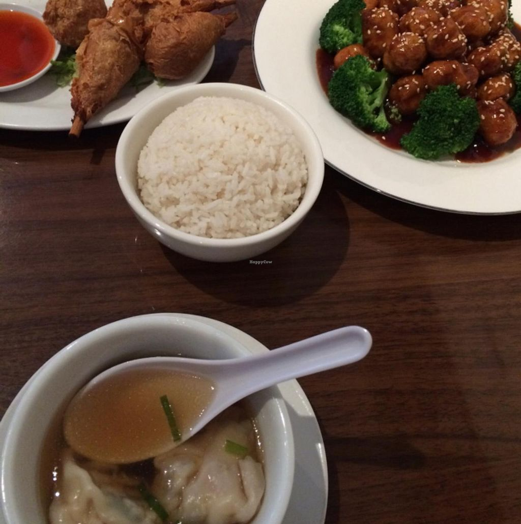 "Photo of Green Sprout  by <a href=""/members/profile/Jessicahuynhhhhhh_"">Jessicahuynhhhhhh_</a> <br/>soy drumsticks sesame chicken and wonton soup <br/> July 4, 2015  - <a href='/contact/abuse/image/3248/108118'>Report</a>"