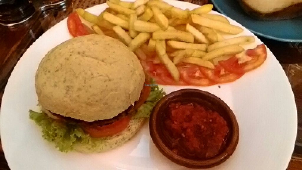 "Photo of Dada Kafe  by <a href=""/members/profile/LilacHippy"">LilacHippy</a> <br/>Vegan veggie burger with chips <br/> March 12, 2016  - <a href='/contact/abuse/image/32553/139772'>Report</a>"