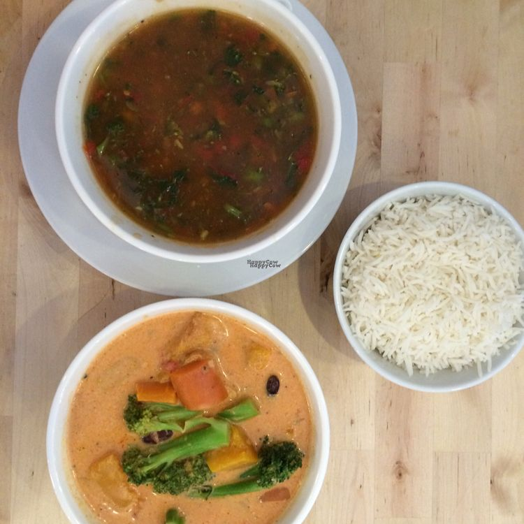 """Photo of Hari's Vegetarian  by <a href=""""/members/profile/leonardhall"""">leonardhall</a> <br/>curry veg soup rice <br/> August 31, 2016  - <a href='/contact/abuse/image/32555/172509'>Report</a>"""