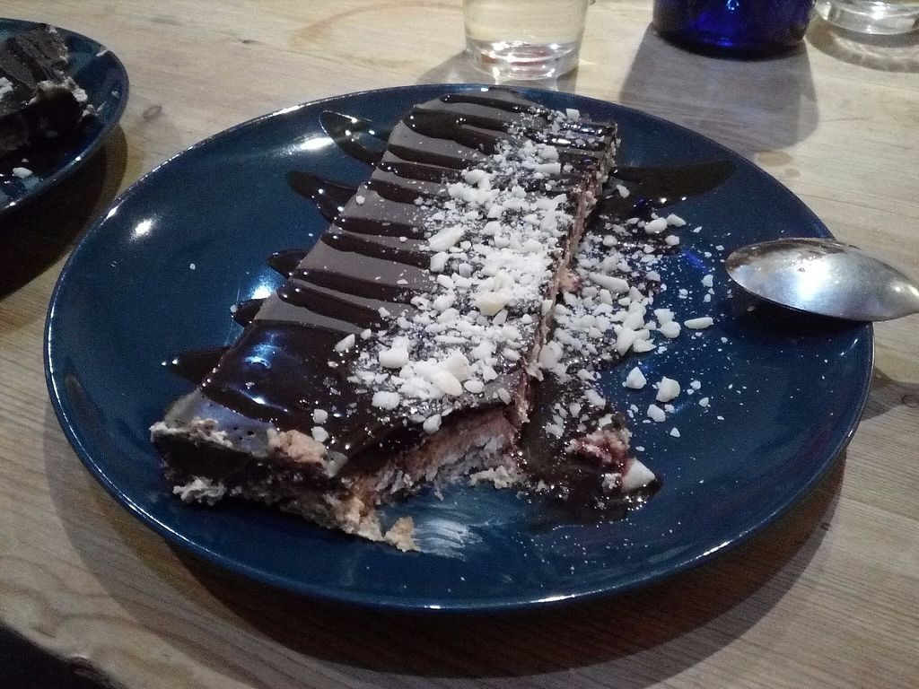 """Photo of La Oveja Negra  by <a href=""""/members/profile/wyrd"""">wyrd</a> <br/>Chocolate and cream cake (tarta de chocolate y nata) <br/> May 1, 2017  - <a href='/contact/abuse/image/32567/254645'>Report</a>"""