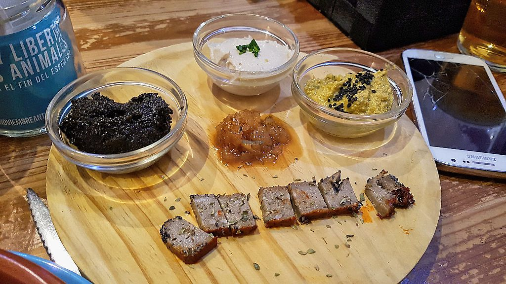 """Photo of La Oveja Negra  by <a href=""""/members/profile/JonJon"""">JonJon</a> <br/>Tapenade, cheese and pâtés <br/> November 5, 2017  - <a href='/contact/abuse/image/32567/322062'>Report</a>"""