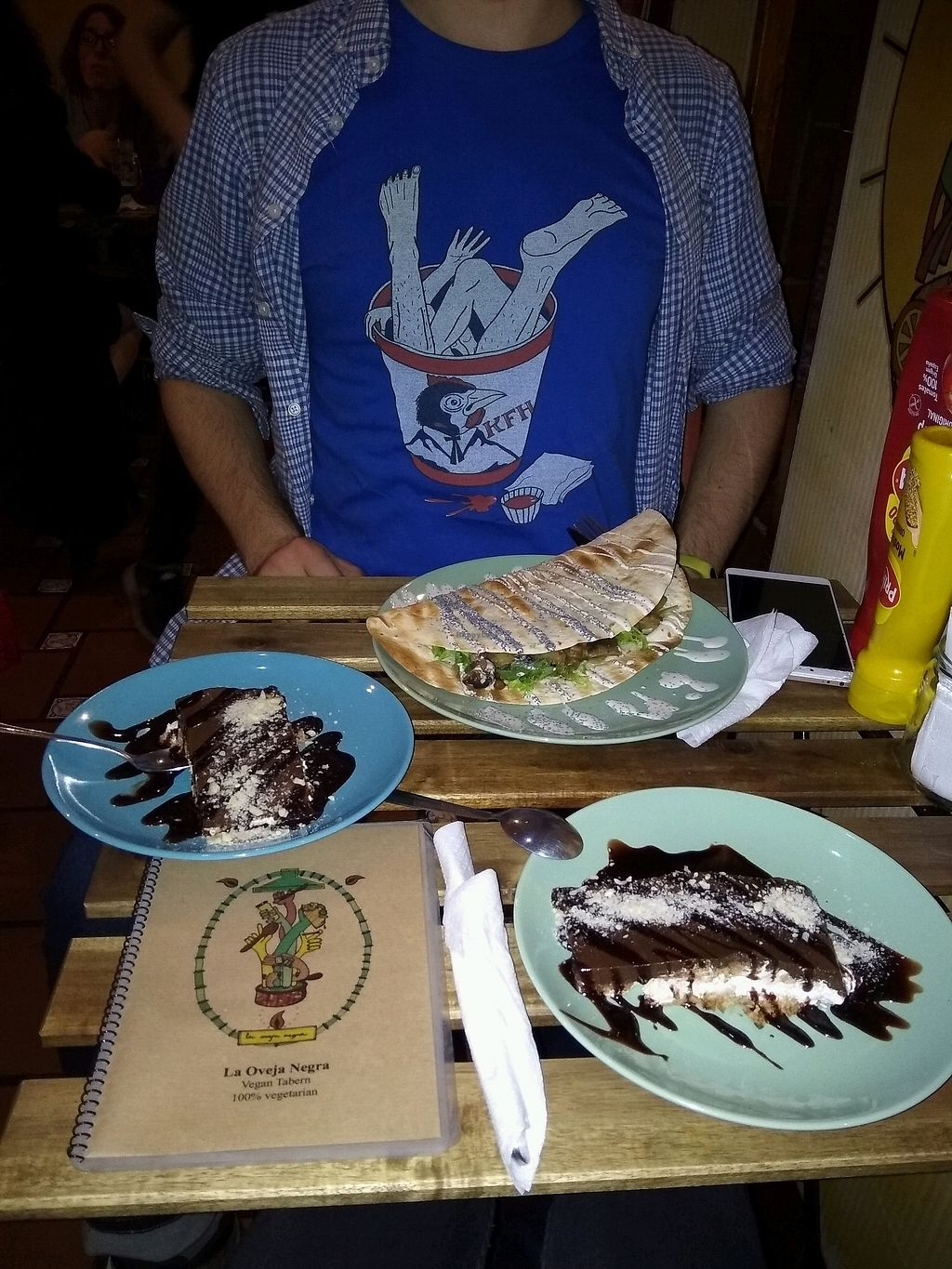 """Photo of La Oveja Negra  by <a href=""""/members/profile/MarsiaMS"""">MarsiaMS</a> <br/>Cake and a main dish <br/> April 10, 2018  - <a href='/contact/abuse/image/32567/383532'>Report</a>"""