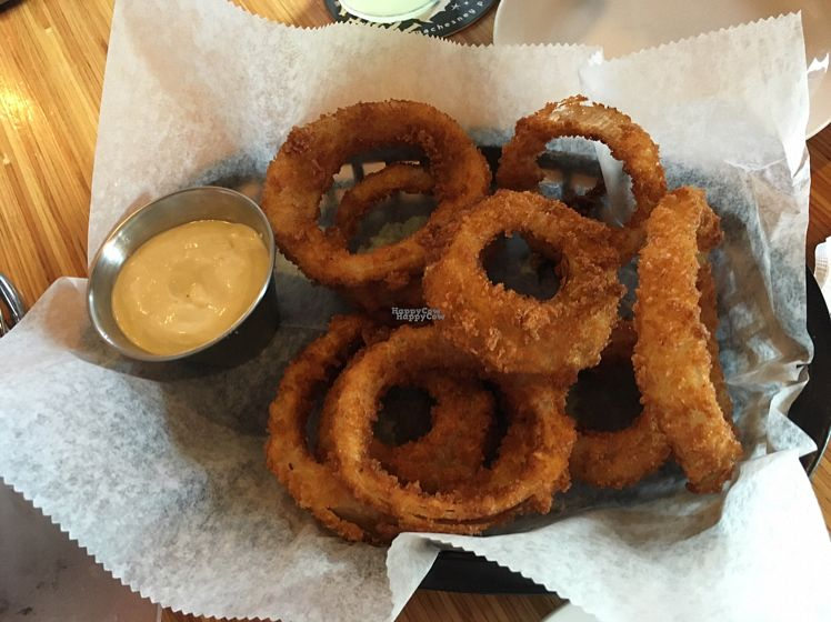 """Photo of Pig Minds Brewing  by <a href=""""/members/profile/elyssaae"""">elyssaae</a> <br/>Onion rings <br/> August 28, 2016  - <a href='/contact/abuse/image/32686/171989'>Report</a>"""