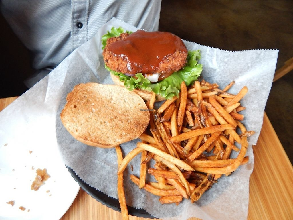"""Photo of Pig Minds Brewing  by <a href=""""/members/profile/okaynowbreathe"""">okaynowbreathe</a> <br/>Chikin' Sandwich with BBQ sauce <br/> May 13, 2017  - <a href='/contact/abuse/image/32686/258302'>Report</a>"""