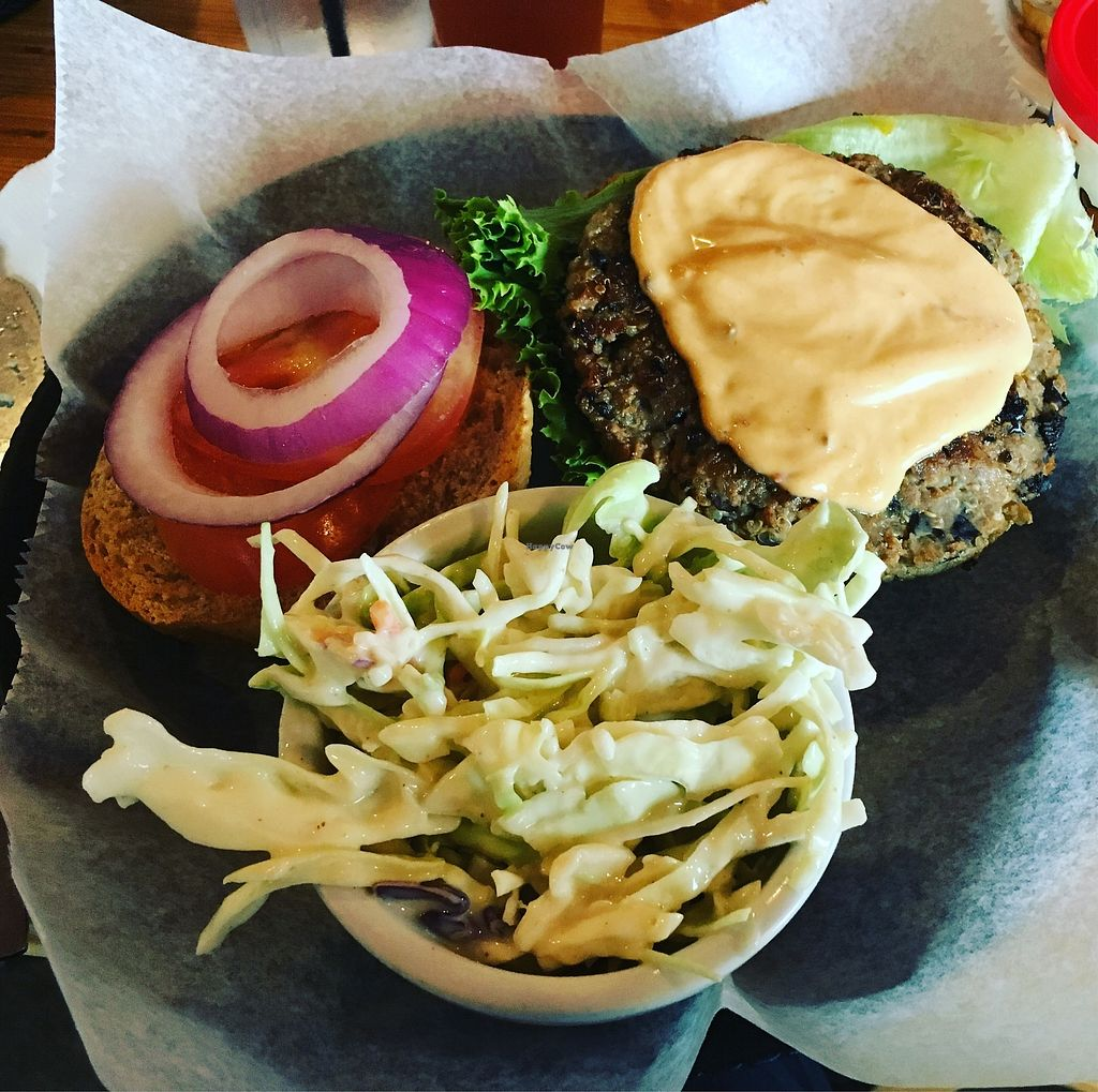 """Photo of Pig Minds Brewing  by <a href=""""/members/profile/olgueis"""">olgueis</a> <br/>Delicious burger with coleslaw <br/> August 5, 2017  - <a href='/contact/abuse/image/32686/289462'>Report</a>"""