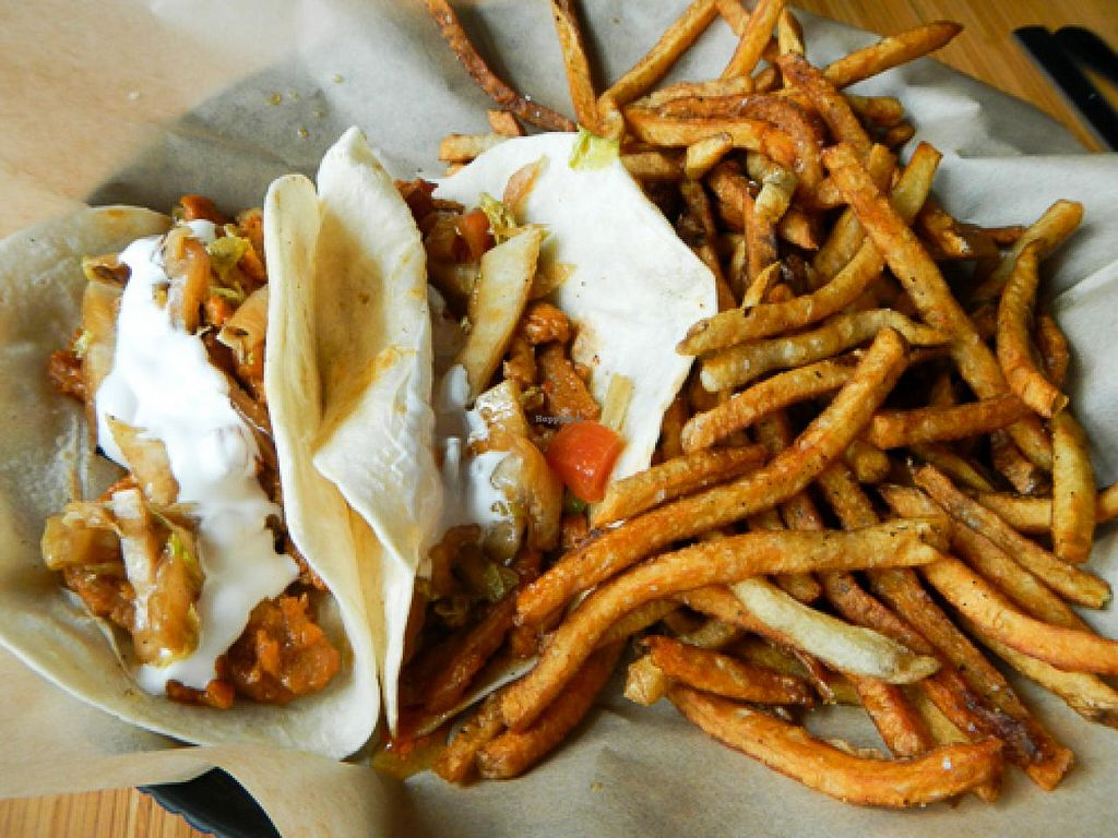 """Photo of Pig Minds Brewing  by <a href=""""/members/profile/EverydayTastiness"""">EverydayTastiness</a> <br/>korean bbq soy curl tacos <br/> April 19, 2015  - <a href='/contact/abuse/image/32686/99591'>Report</a>"""