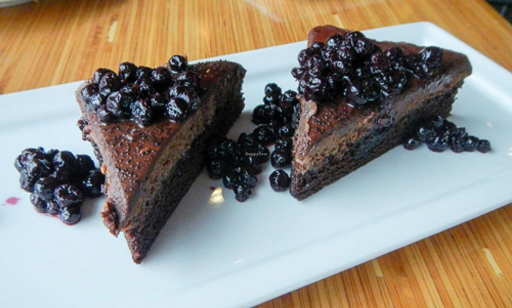 """Photo of Pig Minds Brewing  by <a href=""""/members/profile/EverydayTastiness"""">EverydayTastiness</a> <br/>chocolate mousse with blueberries <br/> April 19, 2015  - <a href='/contact/abuse/image/32686/99592'>Report</a>"""