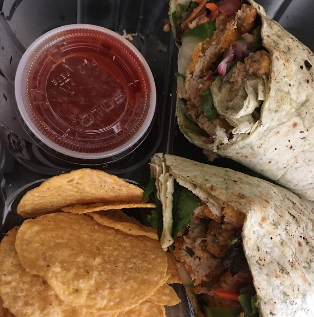 """Photo of Grind House Juice Bar  by <a href=""""/members/profile/nardanddee"""">nardanddee</a> <br/>gophish wrap <br/> January 26, 2017  - <a href='/contact/abuse/image/32754/217528'>Report</a>"""