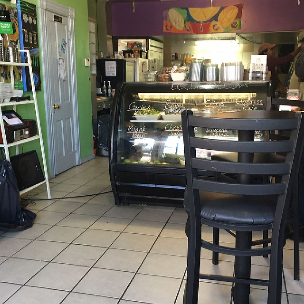 """Photo of Grind House Juice Bar  by <a href=""""/members/profile/nardanddee"""">nardanddee</a> <br/>interior <br/> January 26, 2017  - <a href='/contact/abuse/image/32754/217531'>Report</a>"""
