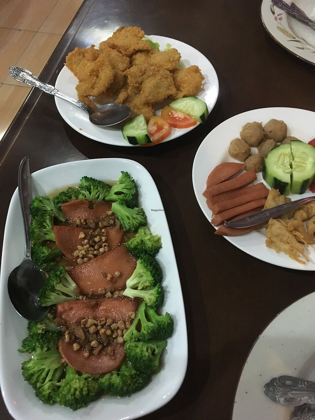 """Photo of I Love Vegetarian Food - De Ra Sa  by <a href=""""/members/profile/jojoinbrighton"""">jojoinbrighton</a> <br/>Mock meats galore <br/> August 6, 2017  - <a href='/contact/abuse/image/32847/289648'>Report</a>"""