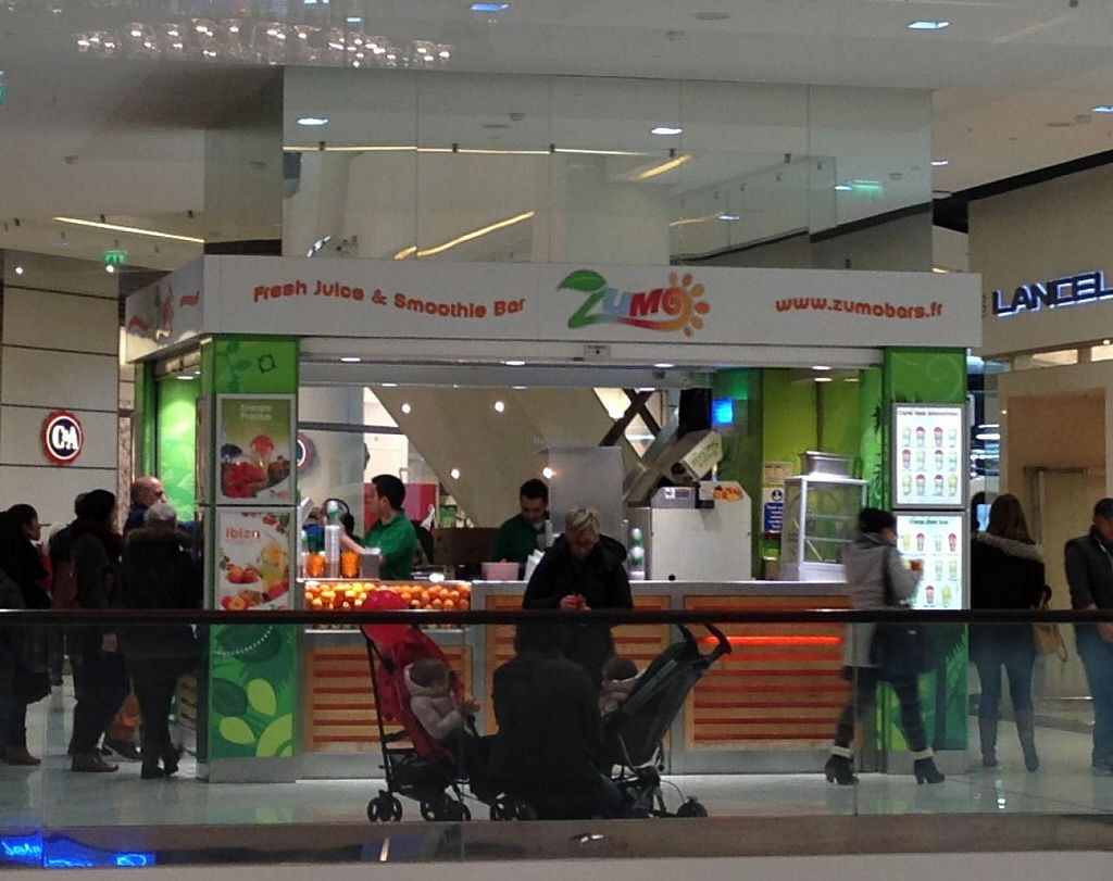 """Photo of Zumo Smoothies Bar - Nice Etoile  by <a href=""""/members/profile/Pamina"""">Pamina</a> <br/>Zumo Smoothies Bar, Nice <br/> January 5, 2015  - <a href='/contact/abuse/image/32852/89549'>Report</a>"""