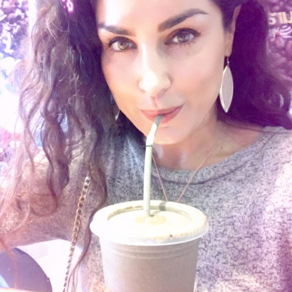 """Photo of Vegan Planet  by <a href=""""/members/profile/Miss.Saye"""">Miss.Saye</a> <br/>saye's choice  Best green chocolate smoothie !!! <br/> June 4, 2017  - <a href='/contact/abuse/image/32976/265792'>Report</a>"""
