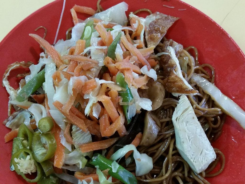 """Photo of Ru Yi Vegetarian  by <a href=""""/members/profile/JimmySeah"""">JimmySeah</a> <br/>s$3 of bee hoon and noodle. option for $2 and $2.50 <br/> December 26, 2014  - <a href='/contact/abuse/image/33028/88758'>Report</a>"""