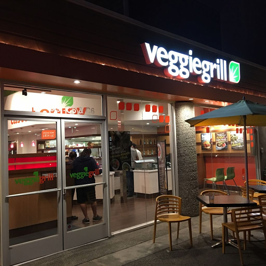 """Photo of Veggie Grill  by <a href=""""/members/profile/xmrfigx"""">xmrfigx</a> <br/>Storefront <br/> December 18, 2015  - <a href='/contact/abuse/image/33046/129018'>Report</a>"""