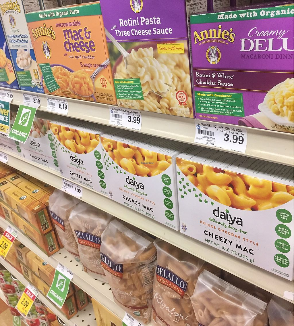 "Photo of Strack and Van Til  by <a href=""/members/profile/happycowgirl"">happycowgirl</a> <br/>Daiya, Annie's.. all the good brands! <br/> September 13, 2017  - <a href='/contact/abuse/image/33049/303859'>Report</a>"