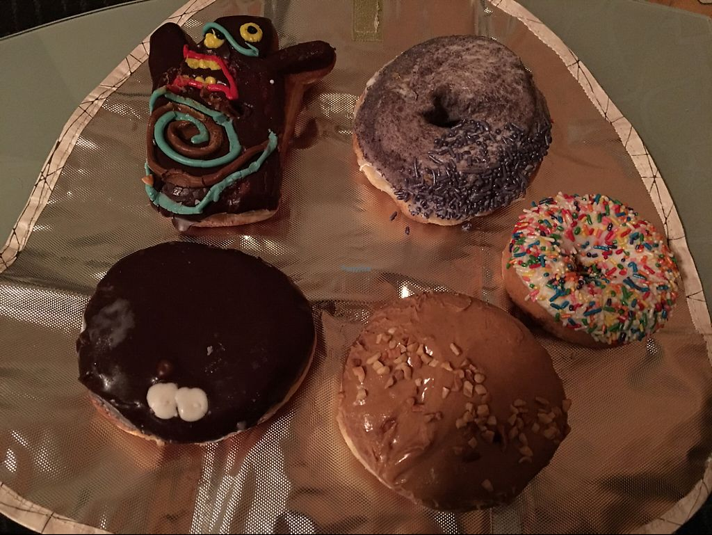 """Photo of Voodoo Doughnut  by <a href=""""/members/profile/Pedropod"""">Pedropod</a> <br/>Some vegan donuts on offer <br/> November 26, 2016  - <a href='/contact/abuse/image/33103/194464'>Report</a>"""
