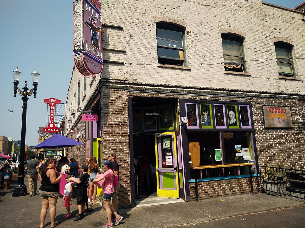 """Photo of Voodoo Doughnut  by <a href=""""/members/profile/martinicontomate"""">martinicontomate</a> <br/>a view from the street <br/> September 16, 2017  - <a href='/contact/abuse/image/33103/305076'>Report</a>"""