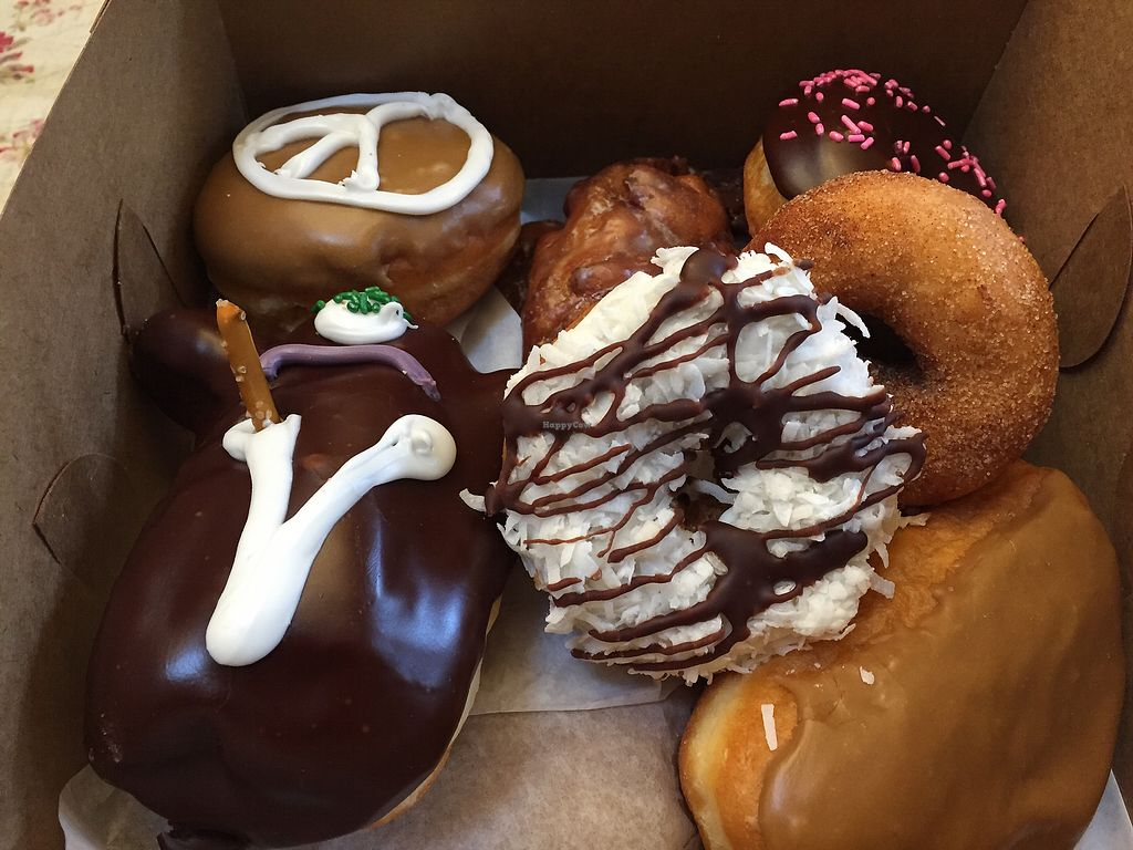 """Photo of Voodoo Doughnut Tres  by <a href=""""/members/profile/VeganCookieLover"""">VeganCookieLover</a> <br/>Vegan doughnuts <br/> February 19, 2018  - <a href='/contact/abuse/image/33116/361206'>Report</a>"""