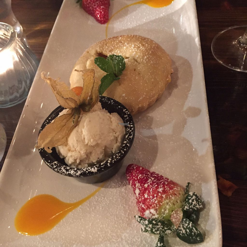 "Photo of Quay Street Kitchen  by <a href=""/members/profile/CathyDavid"">CathyDavid</a> <br/>apple tart with ice cream VEGAN!! <br/> March 5, 2017  - <a href='/contact/abuse/image/33212/232922'>Report</a>"