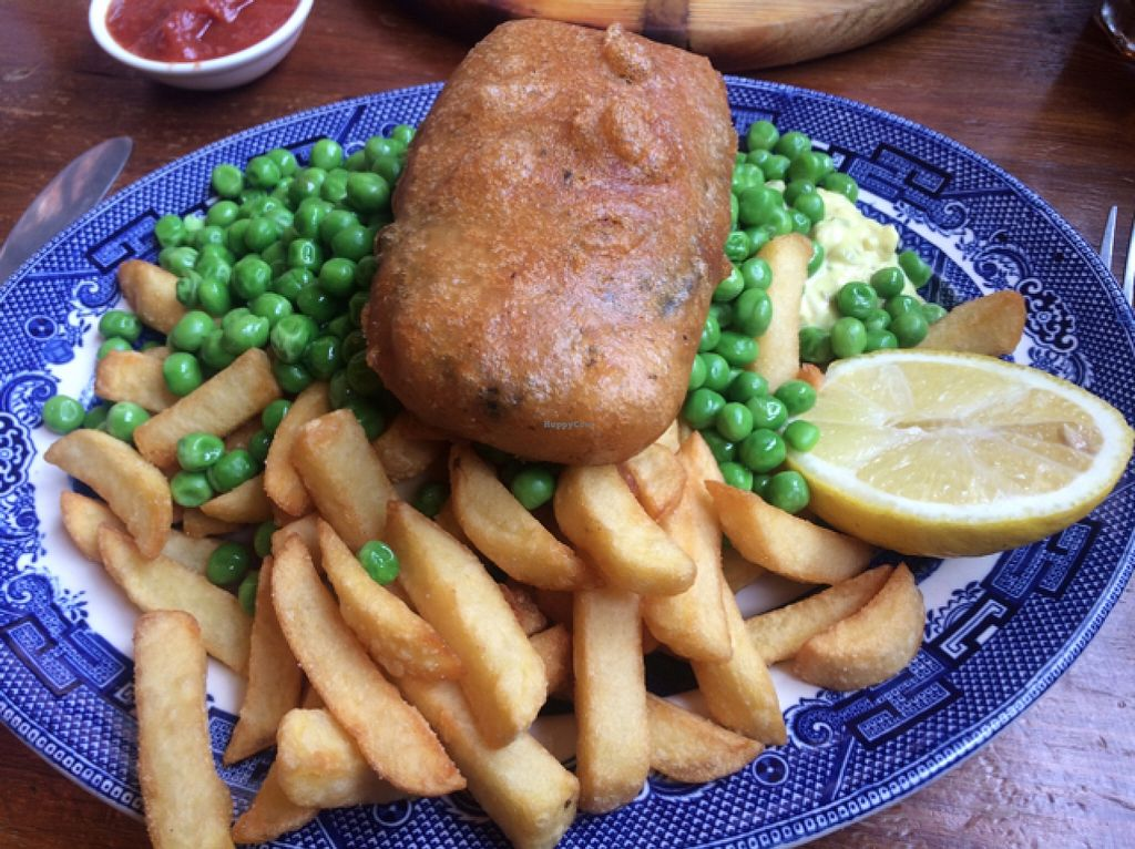 """Photo of Norman's Coach and Horses  by <a href=""""/members/profile/Claremveg"""">Claremveg</a> <br/>tofish and chips  <br/> February 21, 2016  - <a href='/contact/abuse/image/33232/137216'>Report</a>"""