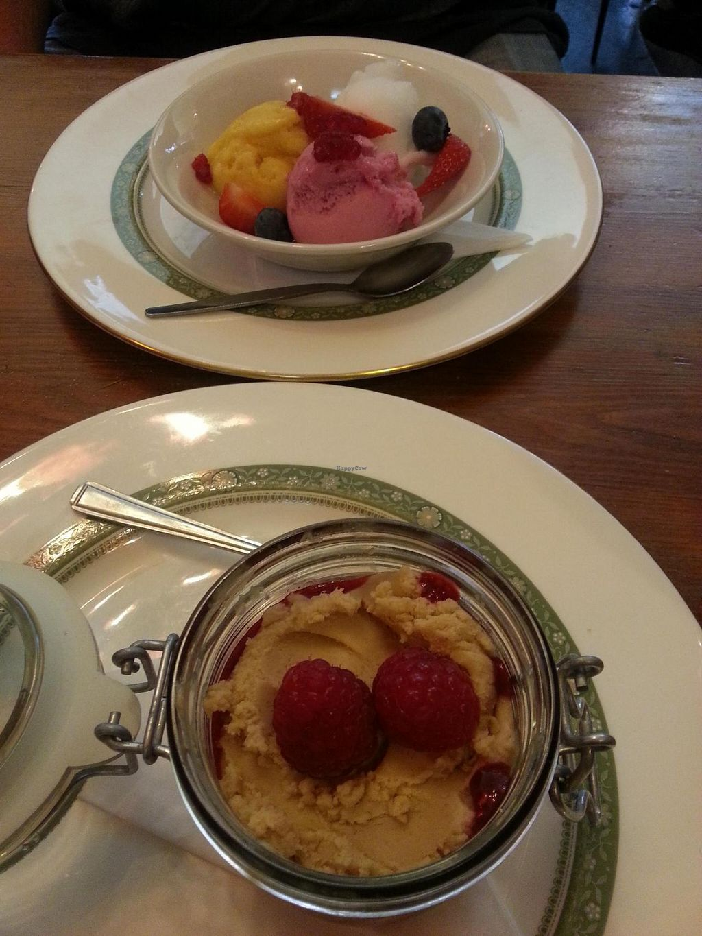 """Photo of Norman's Coach and Horses  by <a href=""""/members/profile/Miggi"""">Miggi</a> <br/>3 sorbets - champagne, mango n passionfruit, mixed berry. And peanutbutter mouse with raspberry coulis. All vegan <br/> July 9, 2014  - <a href='/contact/abuse/image/33232/73600'>Report</a>"""