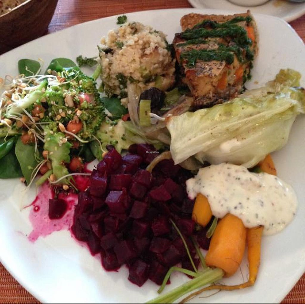 """Photo of CLOSED: Avalon  by <a href=""""/members/profile/efetcho"""">efetcho</a> <br/>Vegetable pie with the sides of the day - salad, beets, carrots, cabbage, and some potatoes <br/> August 14, 2014  - <a href='/contact/abuse/image/3335/76975'>Report</a>"""