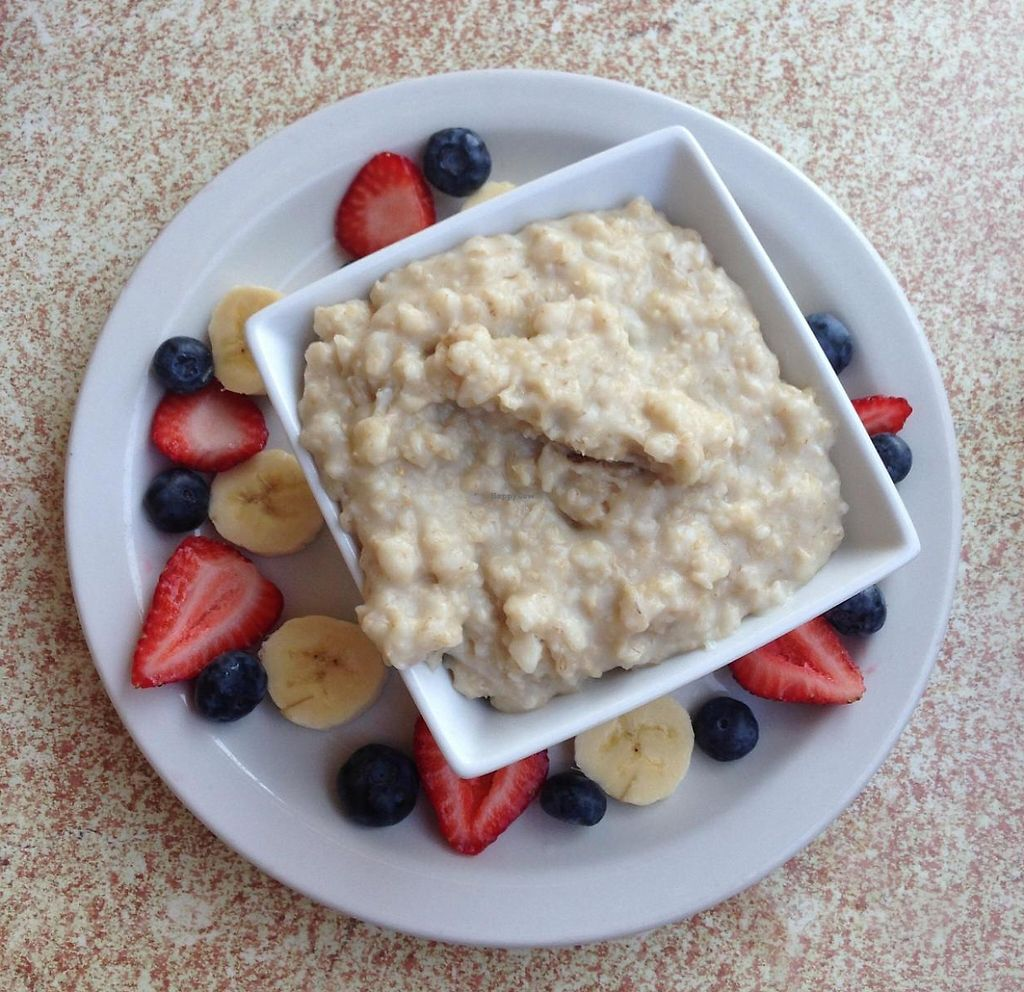 """Photo of Malia's Cafe  by <a href=""""/members/profile/AbbyOBrien"""">AbbyOBrien</a> <br/>Oatmeal with fruit - the only vegan option on the breakfast menu <br/> July 24, 2014  - <a href='/contact/abuse/image/33374/202084'>Report</a>"""