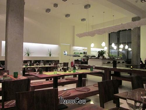"""Photo of Bistro Bardot  by <a href=""""/members/profile/J-Veg"""">J-Veg</a> <br/>The restaurant <br/> February 23, 2013  - <a href='/contact/abuse/image/33408/44605'>Report</a>"""