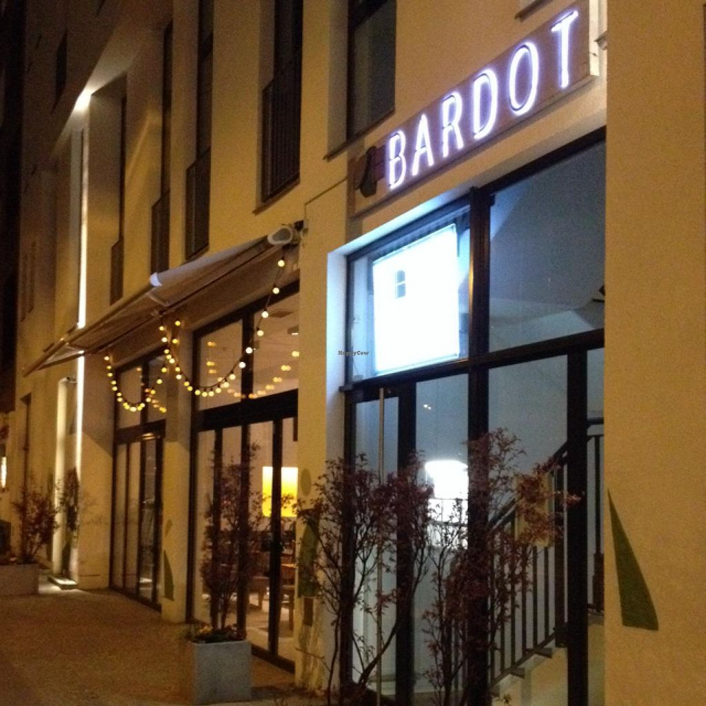 """Photo of Bistro Bardot  by <a href=""""/members/profile/hack_man"""">hack_man</a> <br/>outside  <br/> April 13, 2015  - <a href='/contact/abuse/image/33408/98977'>Report</a>"""