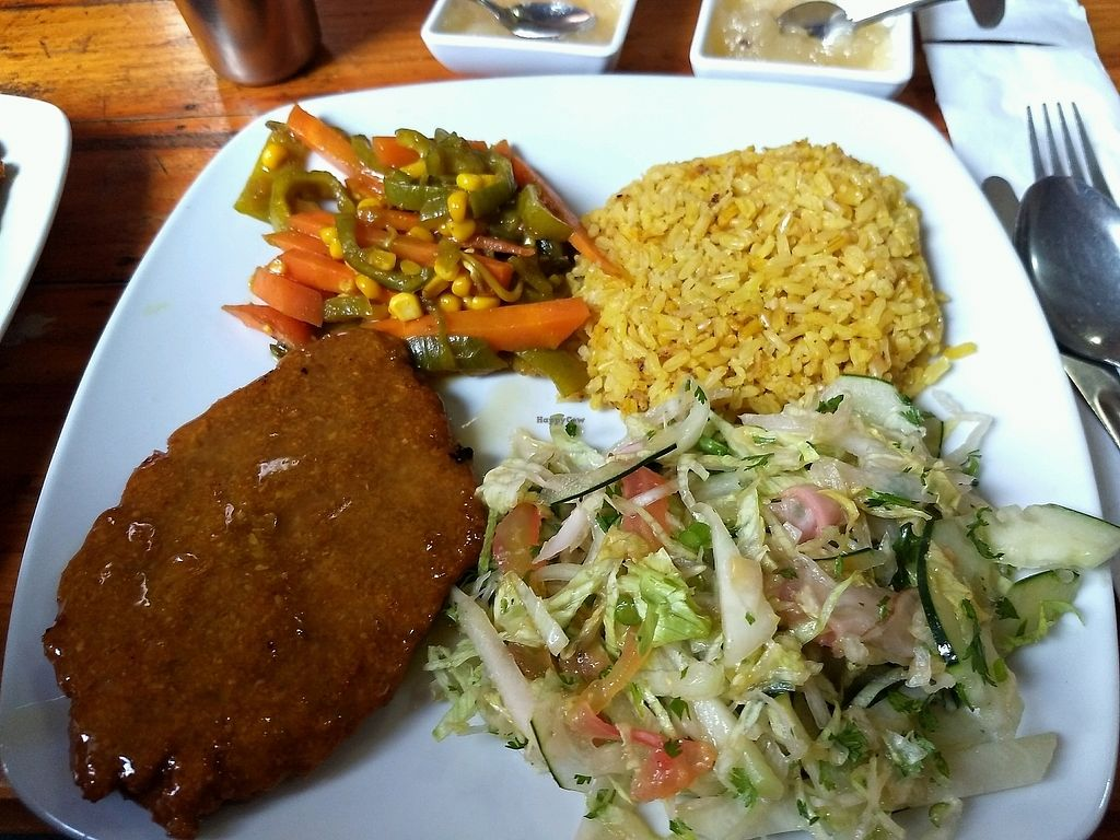 """Photo of Sol de la India  by <a href=""""/members/profile/NathaliaCespedesB"""">NathaliaCespedesB</a> <br/>almuerzo  <br/> January 19, 2018  - <a href='/contact/abuse/image/33429/348601'>Report</a>"""