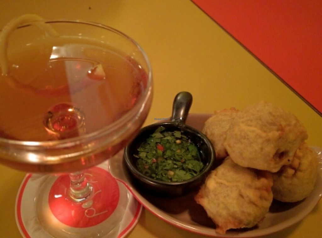 "Photo of Poppy  by <a href=""/members/profile/The%20Hungry%20Vegan"">The Hungry Vegan</a> <br/>Batata Vada and a delicious cocktail <br/> March 24, 2016  - <a href='/contact/abuse/image/33440/141217'>Report</a>"