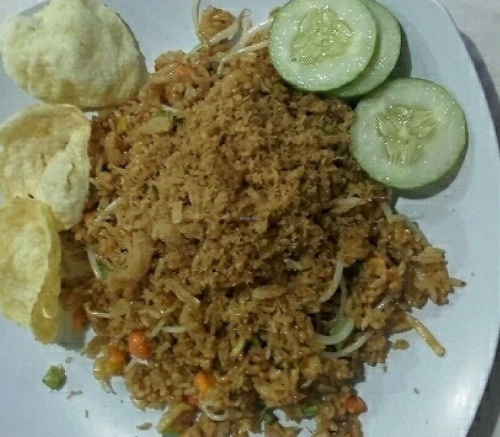 """Photo of CLOSED: Loving Hut - Malioboro  by <a href=""""/members/profile/ihriel"""">ihriel</a> <br/>Nasi Goreng Java <br/> April 2, 2017  - <a href='/contact/abuse/image/33479/267565'>Report</a>"""