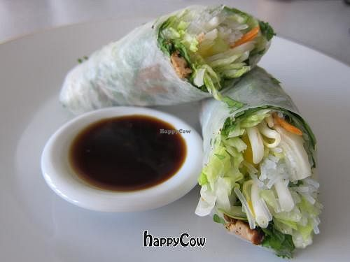 "Photo of Chef in Berlin  by <a href=""/members/profile/CHEFinBERLIN"">CHEFinBERLIN</a> <br/>Simply the best summer rolls <br/> August 21, 2012  - <a href='/contact/abuse/image/33514/36613'>Report</a>"