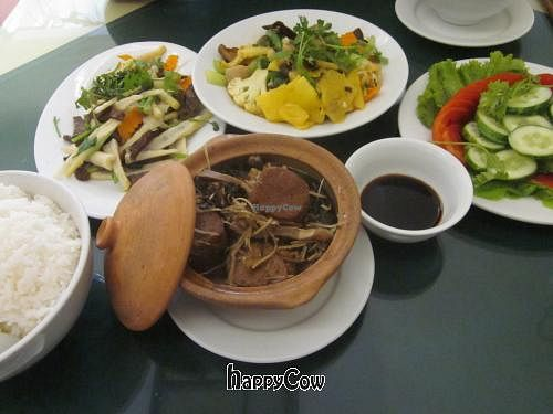 """Photo of Nang Tam  by <a href=""""/members/profile/Kalorienbombe"""">Kalorienbombe</a> <br/>Sauteed Catfish, Sauteed 12 Vegetables, Bamboo & Mushroom, Tomato & Cucumber Salad <br/> May 12, 2013  - <a href='/contact/abuse/image/3353/48131'>Report</a>"""