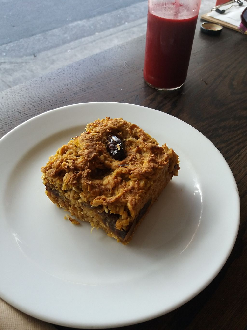 "Photo of Earth Food Store Cafe  by <a href=""/members/profile/veganvirtues"">veganvirtues</a> <br/>Cinnamy date and orange cake <br/> October 23, 2017  - <a href='/contact/abuse/image/33606/317959'>Report</a>"