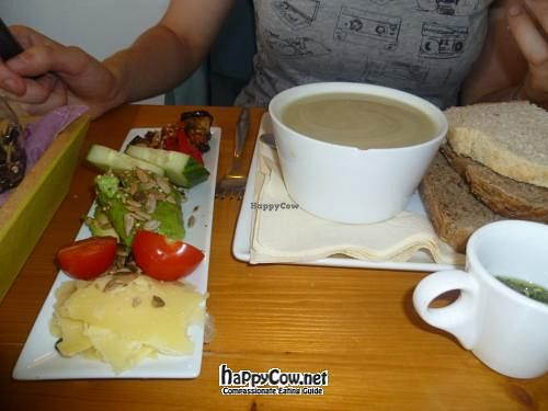 """Photo of Kunst en Eerlijke Koffie  by <a href=""""/members/profile/borkdude"""">borkdude</a> <br/> August 2, 2012  - <a href='/contact/abuse/image/33630/35370'>Report</a>"""
