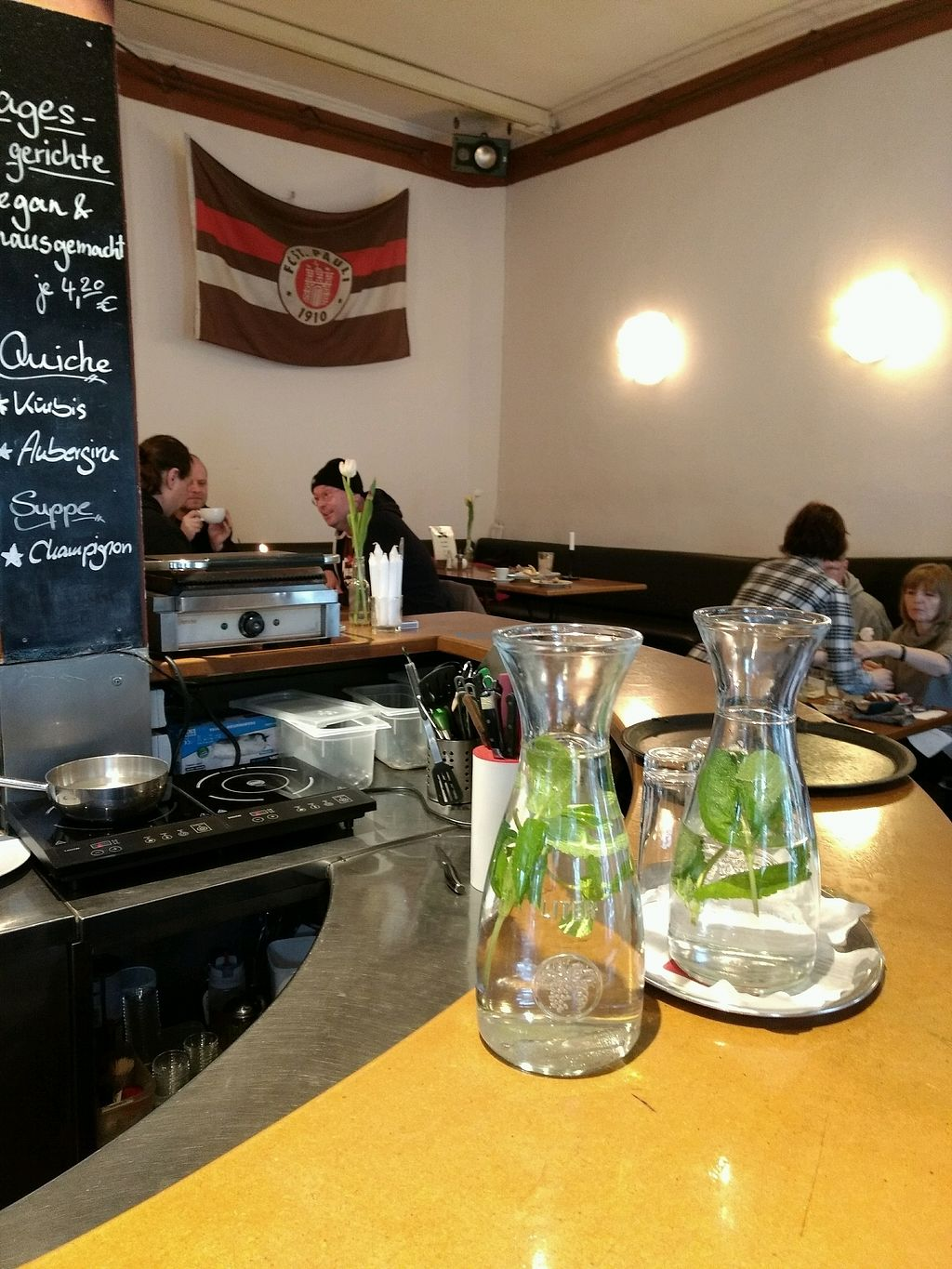"Photo of Cafe Miller  by <a href=""/members/profile/craigmc"">craigmc</a> <br/>St.Pauli <br/> March 10, 2018  - <a href='/contact/abuse/image/33633/368822'>Report</a>"