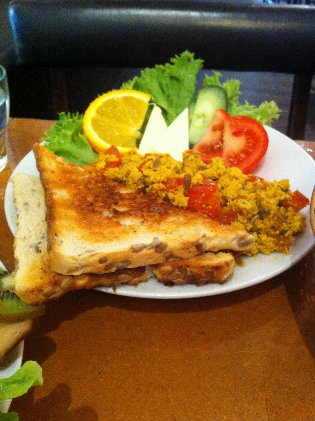 "Photo of Cafe Miller  by <a href=""/members/profile/SimonGruber"">SimonGruber</a> <br/>scrambled tofu <br/> September 2, 2014  - <a href='/contact/abuse/image/33633/78851'>Report</a>"