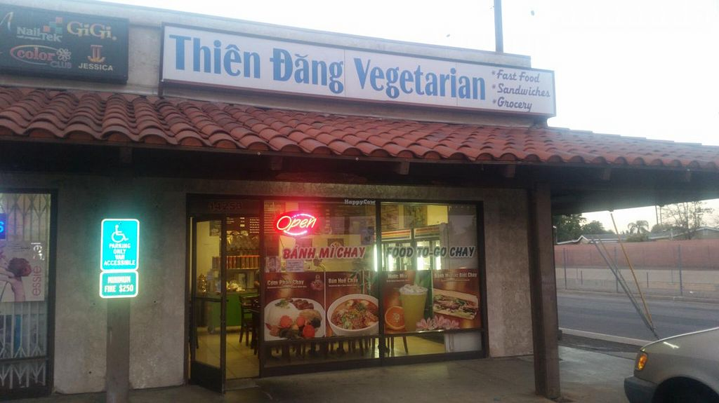 "Photo of Thien Dang Vegetarian  by <a href=""/members/profile/kenvegan"">kenvegan</a> <br/>outside <br/> March 8, 2015  - <a href='/contact/abuse/image/33714/95250'>Report</a>"
